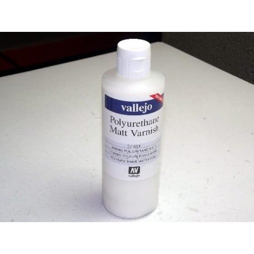 Vallejo Polyurethane Matt Varnish 200ml poliuretán matt lakk 27651