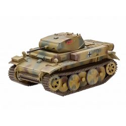 Revell PzKpfw II Ausf.L LUCHS (Sd.Kfz.123) tank makett 3266