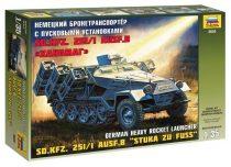 Sd.Kfz.251/1 Ausf.B «Stuka zu Fuss» katonai jármű makett Zvezda 3625