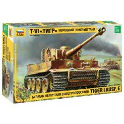 German Heavy Tank Tiger I Ausf E (early production) tank harcjármű makett zvezda 3646