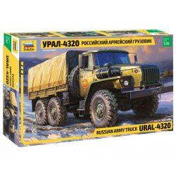 Zvezda Russian Army Truck Ural 4320 makett 3654