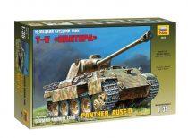 Pz.KPFW. V Panther(Ausf. D) tank harcjármű makett zvezda 3678