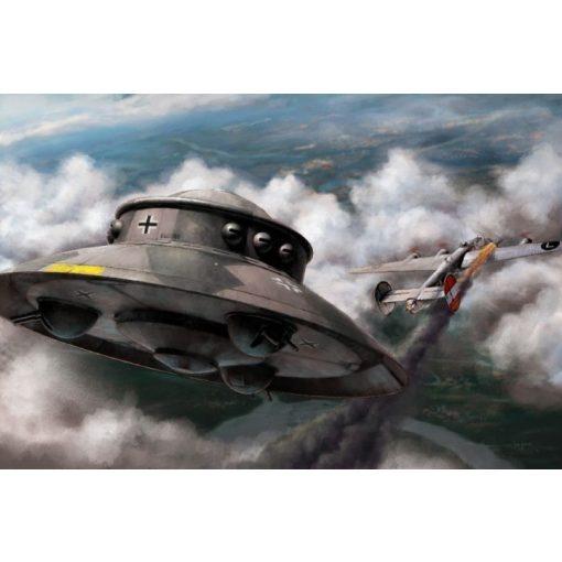 Revell Flying Saucer Haunebu makett 3903