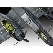 Revell P-70 Nighthawk 1:72 repülőgép makett 3939