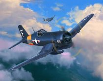 Revell F4U-4 Corsair repülőgép makett