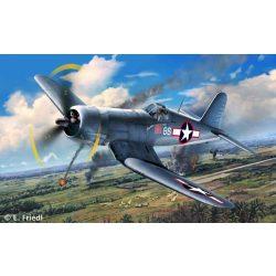 Vought F4U-1D Corsair katonai repülő makett revell 3983