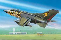 Tornado ECR repülő makett revell 4048