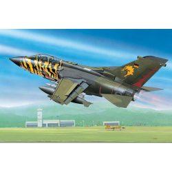 Revell Tornado ECR repülő makett 4048