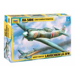 La-5FN katonai repülő makett Zvezda 4801