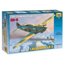 LAVOCHKIN LA-5 katonai repülő makett Zvezda 4803