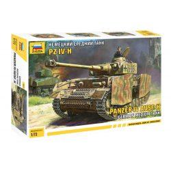 Zvezda Panzer IV Ausf.H Military 1:72 tank makett 5017