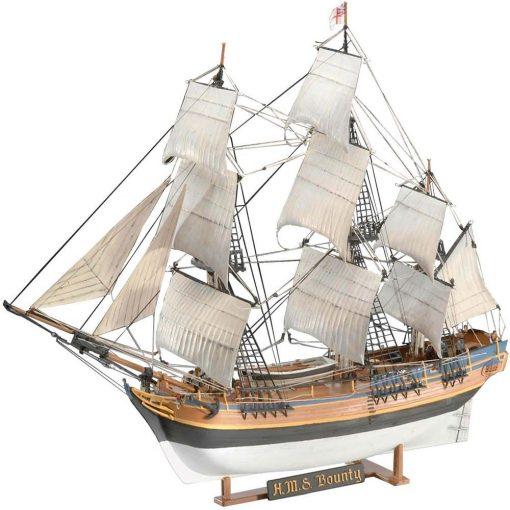 Revell H.M.S. Bounty hajó makett 5404