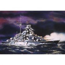 Bismarck hajó makett revell 5802