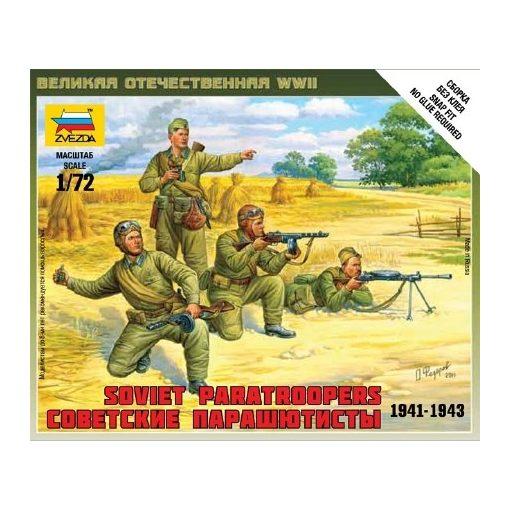 Zvezda Soviet Paratroops 1/72 (6138) figura makett