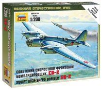 Soviet Bomber SB-2 repülő makett Zvezda 6185