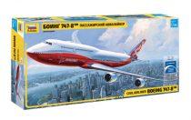 BOEING 747-8 polgári repülő makett Zvezda 7010