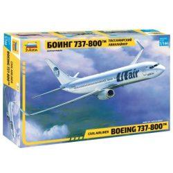 Zvezda Boeing 737-800 repülőgép makett 7019