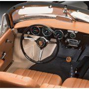 Revell Porsche 356 Convertible autó makett 1:16 (7043)