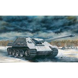Italeri - Sd. Kfz. 173 Jagdpanther tank makett