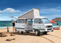 Revell Volkswagen  T3 'Camper' autó makett 7344